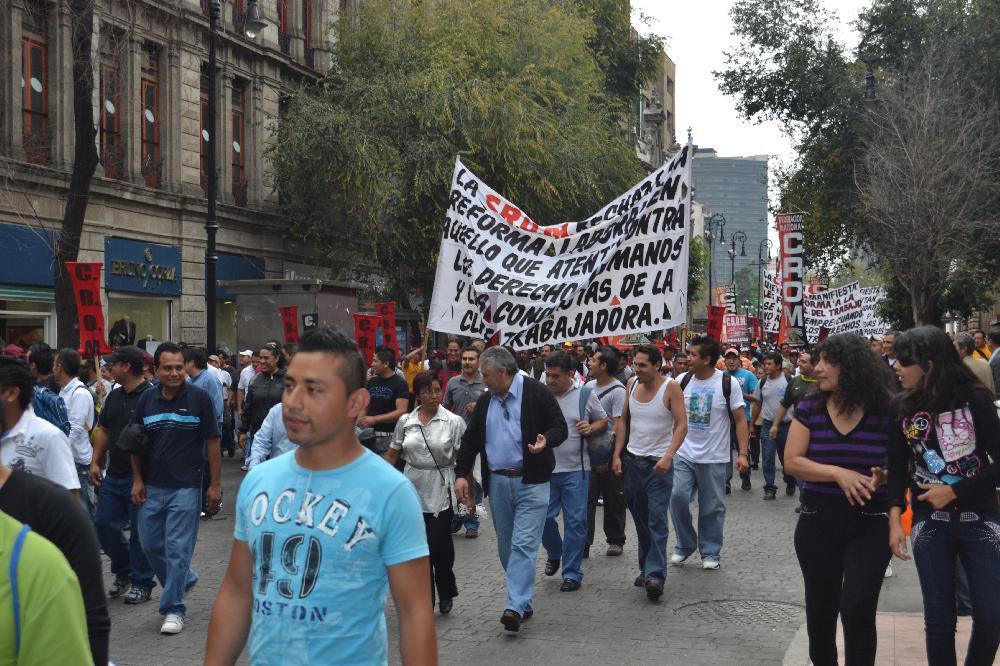 Marcha contra Ley Federal del Trabajo