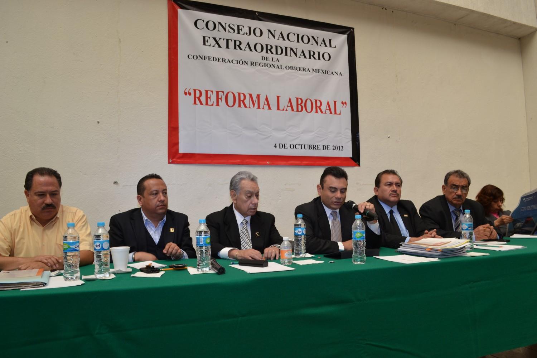 Reunión pleno nacional para ver las acciones que se tomaran en torno a la Reforma a la LFT