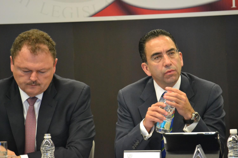 Reunión UNT-CROM con senadores 11 de octubre